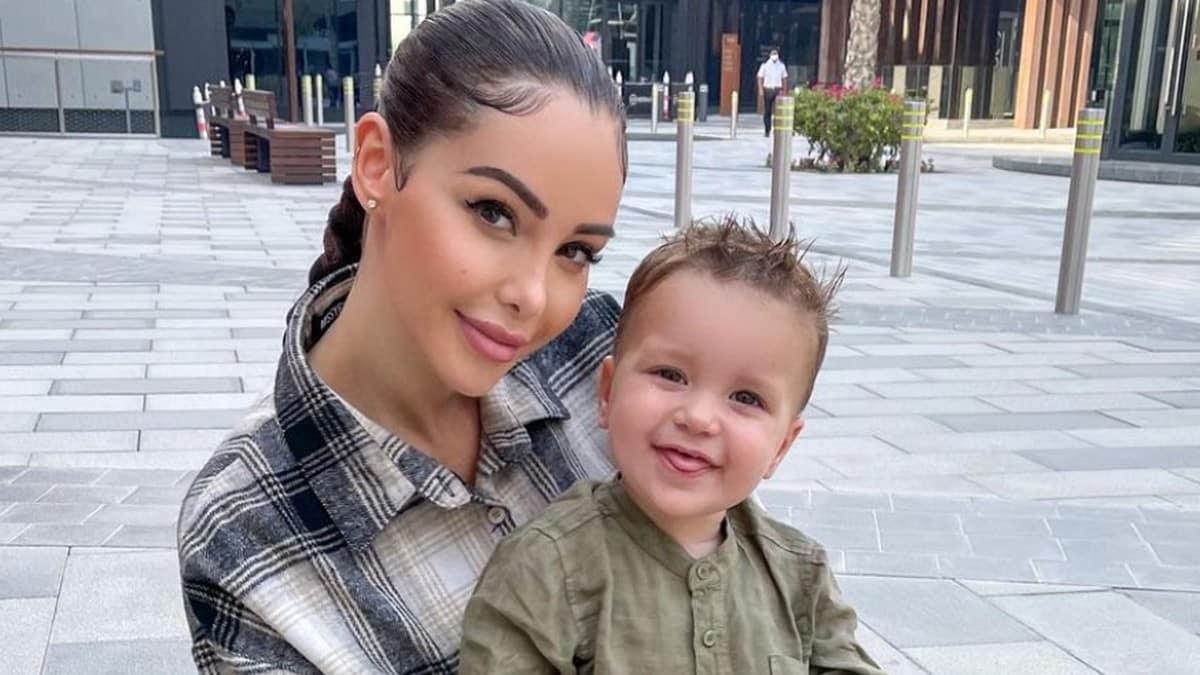 Nabilla gardera à vie la tenue de mariage de son adorable fils Milann !