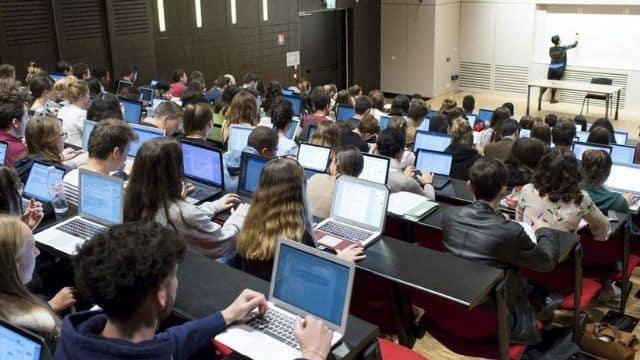 Rentrée 2021 plus de 500 classes déjà fermées à cause de la Covid-19 !