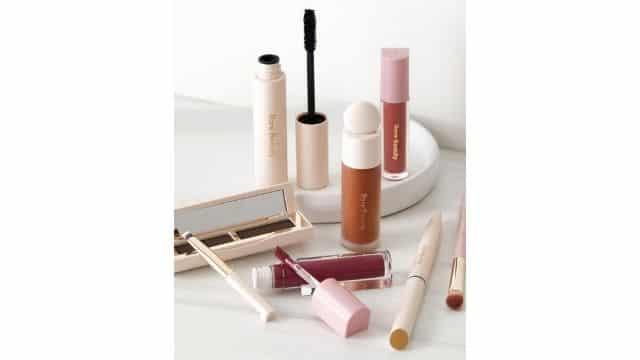 Selena Gomez lance enfin sa nouvelle collection de makeup Rare Beauty !