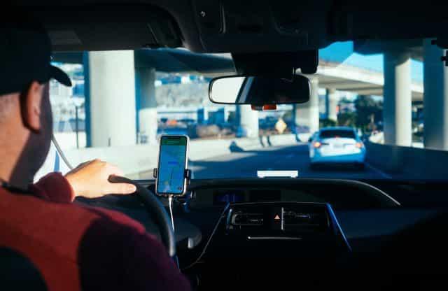 Uber quels étudiants utilisent le plus à l'appli à la rentrée 2021-min