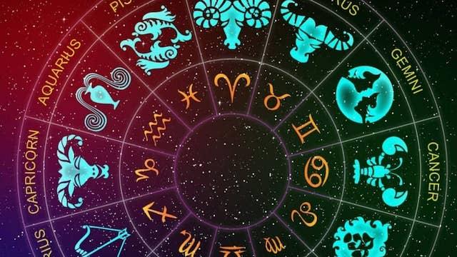 Astrologie: ces dates clés propices à l'amour pour les célibataires !