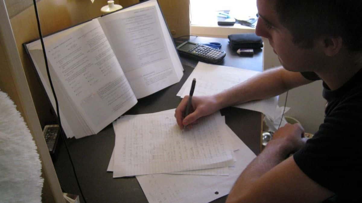 Bac, Licence et Bachelor: 5 erreurs à éviter pour bien réviser et réussir ses examens !