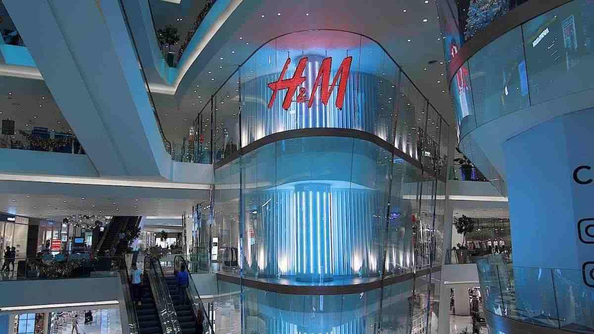 H&M: cette sublime robe aux couleurs épurées prolonge encore l'été !H&M: cette sublime robe aux couleurs épurées prolonge encore l'été !