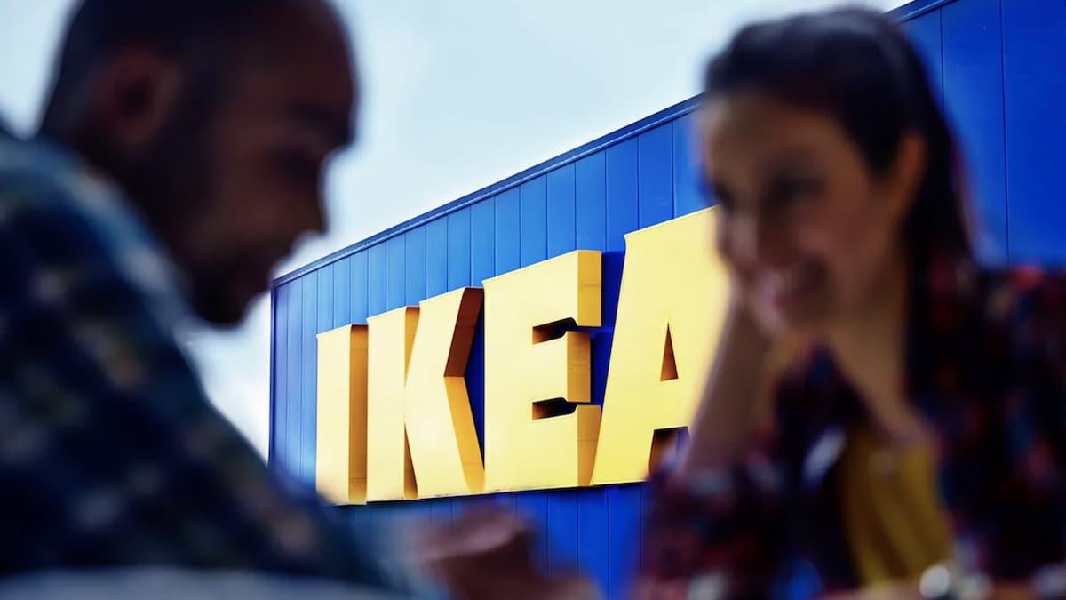Ikea: cette astuce facile pour gagner de la place dans son armoire !