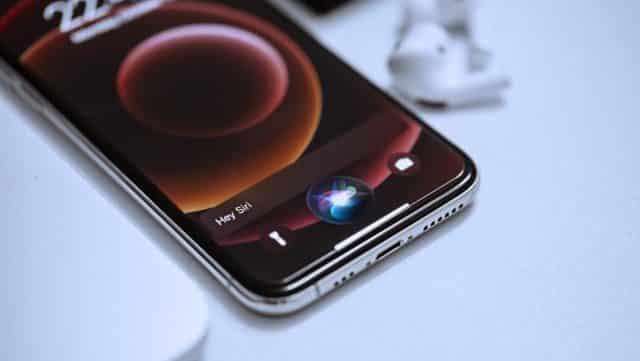 iPhone: comment déverrouiller son téléphone Apple avec sa voix ?