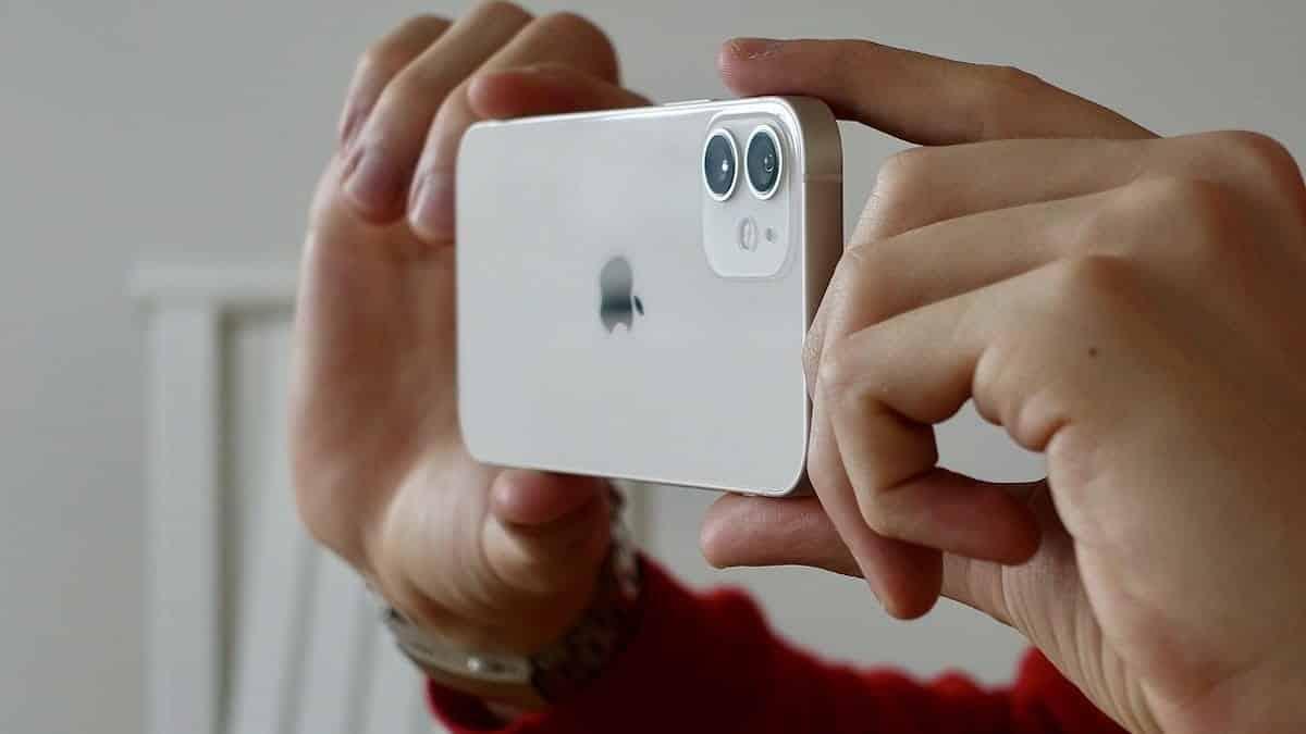 iPhone: un modèle 100% sans fil débarque bientôt sur le marché ?