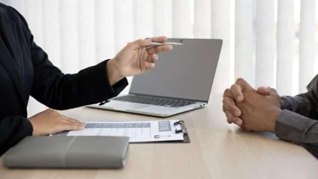 Job, stage ou alternance: comment faire un bon CV !