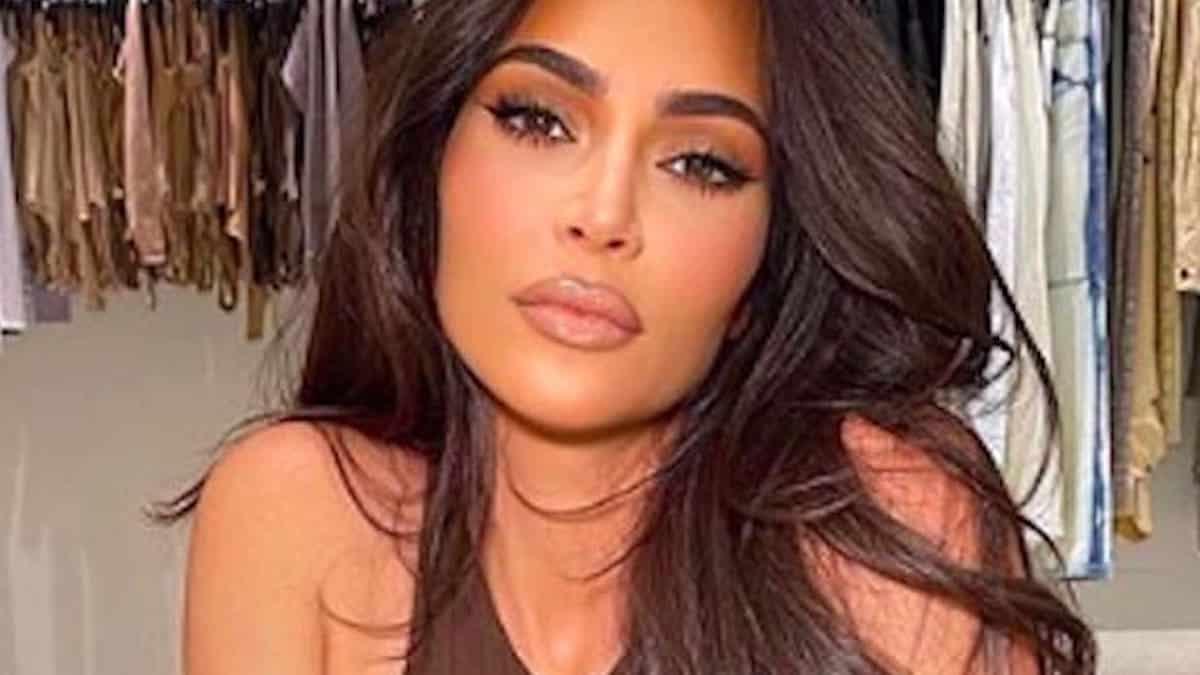 Kim Kardashian soutenue par Kylie Jenner pour ses débuts au SNL !