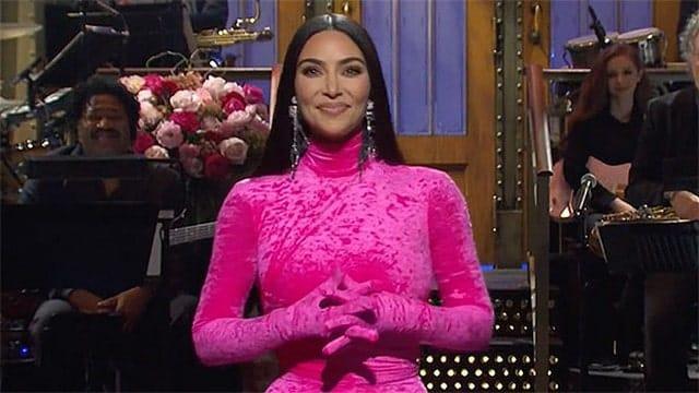 Kim Kardashian: Top 4 des moments les plus drôles dans «SNL» !