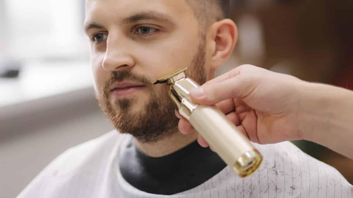 Lidl commercialise sa nouvelle tondeuse pour le nez et les oreilles !