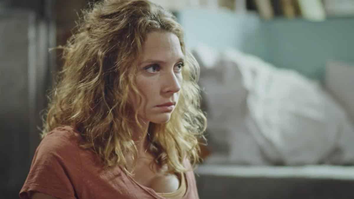 Plus belle la vie: Emilie va mettre un gros coup de pression à Léa !