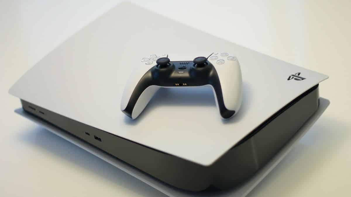 PS5- une incroyable console en or massif vendue à 320 000 euros !