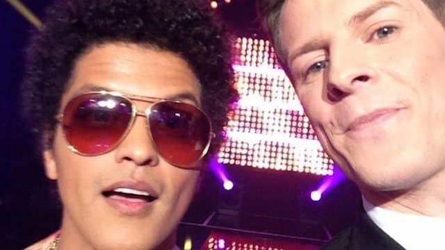 TPMP: Matthieu Delormeau proche de Bruno Mars lors de la Star Ac' ?