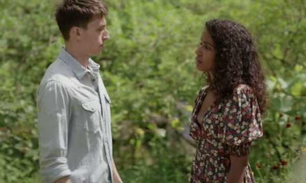 Un si grand soleil: Anissa choisit enfin entre Charles et Antonin !